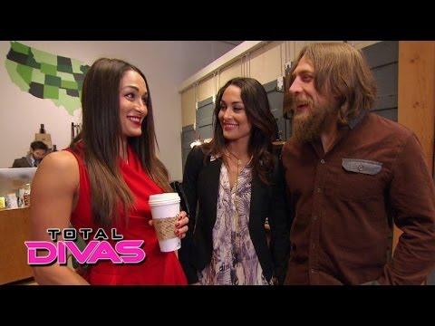 Brie Bella invites Nikki Bella to go wedding registry shopping: Total Divas, March 16, 2014