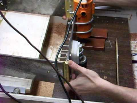 Homemade carving duplicator planes wood.MOV