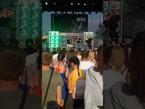 Children of Distance koncert