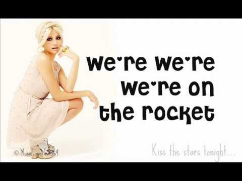 Pixie Lott - Kiss The Stars Lyrics
