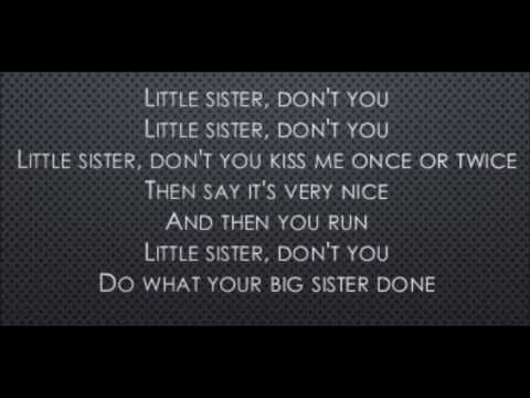 Little Sister - Elvis Presley (Lyrics)