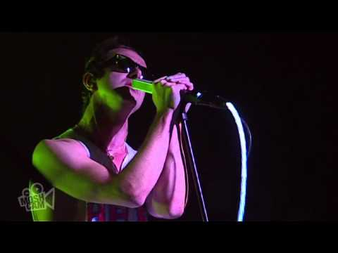 Glasvegas - Flowers And Football (Live @ Sydney, 2010)