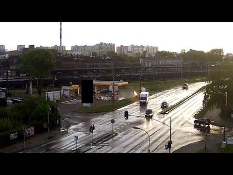 Śmiertelny Wypadek Na Al.Wojska Polskiego W Malborku. Spłonął Samochód Wraz Z Kierowca - 12.05.2016
