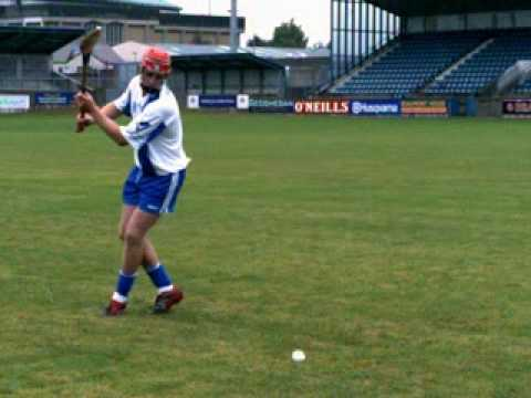 learn how to play Gaelic Games - Hurling sideline cut