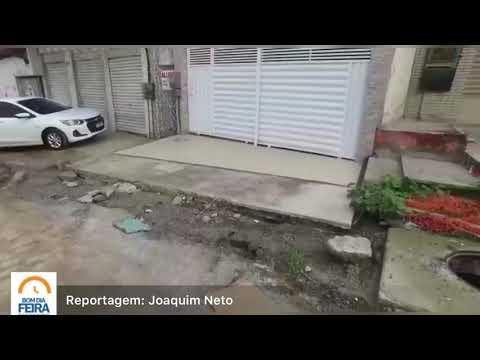 Moradores cobram providências dos órgãos municipais em rua no Centro