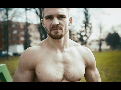 The Legend Of Street Workout & Calisthenics Adam Raw