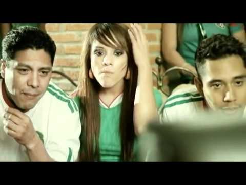 Banda Pequeños Musical - Por Mis Defectos (Video Oficial)