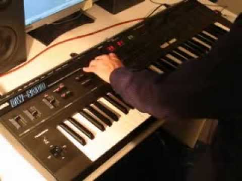KORG DW-8000 Synthesizer 1985   HQ DEMO