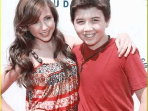 Go Back  gt  Gallery For  gt  Bradley Steven Perry And Ryan NewmanBradley Steven Perry And Ryan Newman Kissing