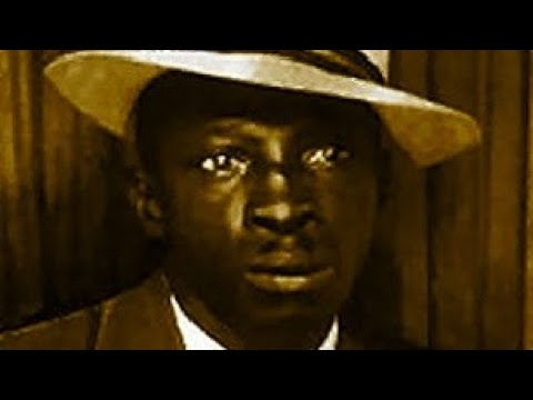 'Whiskey Head Woman' TOMMY McCLENNAN (1939) Delta Blues Guitar Legend