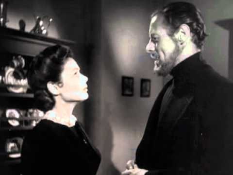 Lucy Muir (Gene Tierney) is a strong willed widow who lives in Victorian England with her daughter (Natalie Wood). They move to Gull Cottage in a small English seaside village. There is a catch...