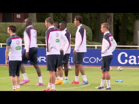 Manchester Citys Eliaquim Mangala will gegen Cristiano Ronaldo ran | Frankreich - Portugal
