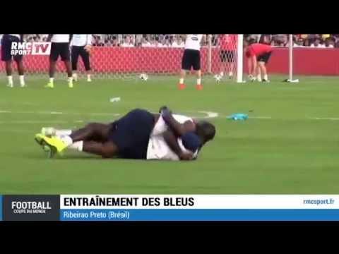 Qui a dit que les footballeurs étaient des durs à cuire ? Mamadou Sakho et Rio Mavuba nous prouvent le contraire, aujourd'hui à l'entraînement, en improvisan...