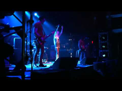 Make Me Wanna Die - The pretty Reckless - Live at Terminal 5 in NYC 11-1-2011 Music Videos