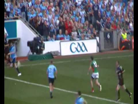 Darragh Doherty 13th minute tribute - Bernard Brogan scores - Dublin v Mayo 2015