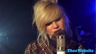 Watch Pixie Lott Nothing Compares video
