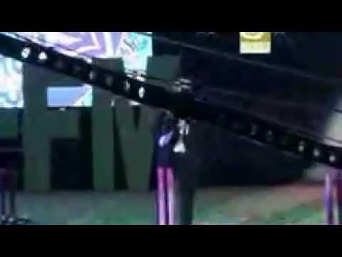 Uzeyir Mehdizade - O Menim Olmalidir 2013 Konsert Ozbekistan (uzeyir Production) video