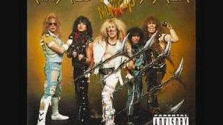 Watch Twisted Sister Shoot em Down video