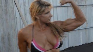 Nikki Fuller Bodybuilding Posedown #3