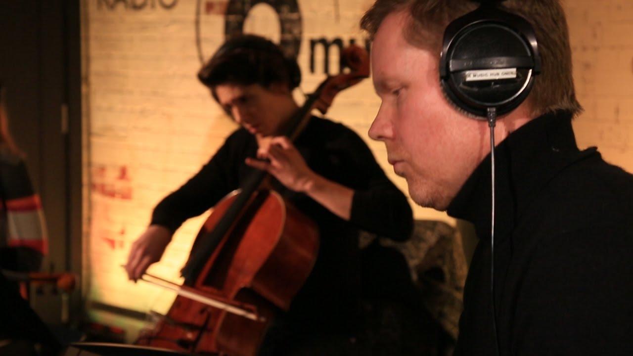 Max Richter & the 12 Ensemble - In The Garden