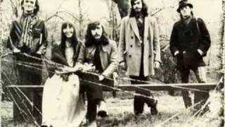 Watch Steeleye Span Lovely On The Water video