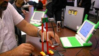 Lego funcionando con una XO OLPC One Laptop Per Child