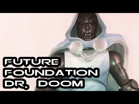 Marvel Legends FUTURE FOUNDATION DR. DOOM Figure Review