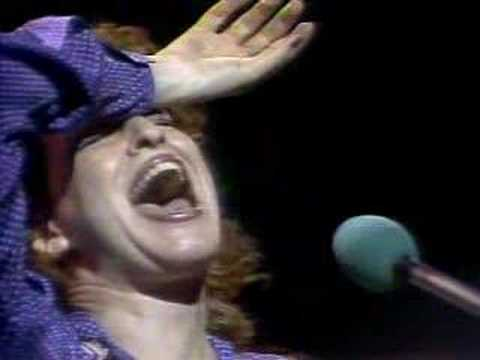 Bette Midler - Long John Blues