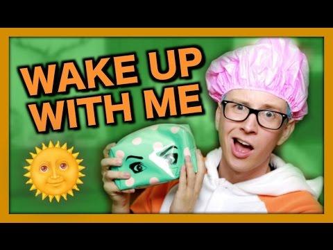 10 Things I Do When I Wake Up | Tyler Oakley thumbnail