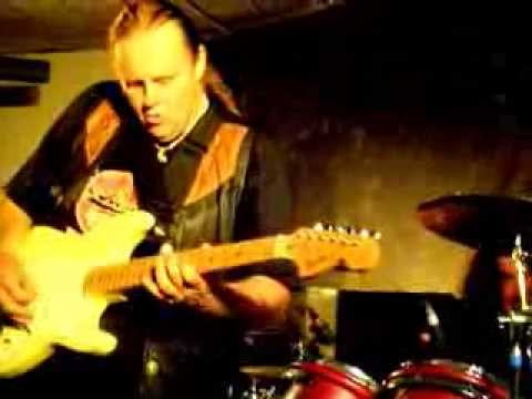 Walter Trout Band - Marie's Mood - The Beaverwood Club, Chislehurst, Kent 20.06.2011