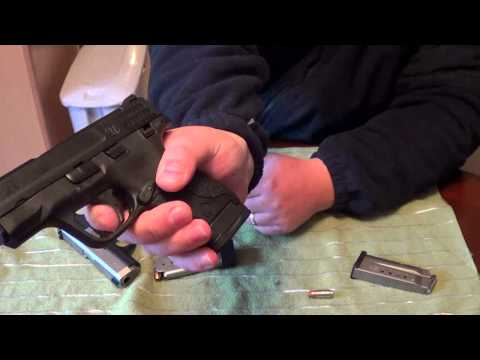 S&W M&P Shield 9mm vs Kahr CM9: Size & Feature Comparison