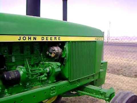 Tractor John Deere 4230 de 100 hp $12500 Dlls. fpet