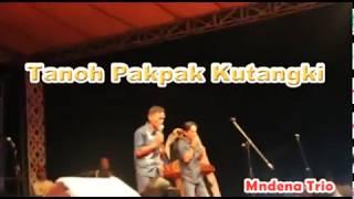 Download Lagu Tanoh Pakpak Kutangki - Mndena Trio Gratis STAFABAND