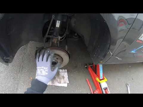 PKW Reifenwechsel mit Akku Schlagschrauber, Steckschlüssel und Drehmomentschlüssel Anleitung