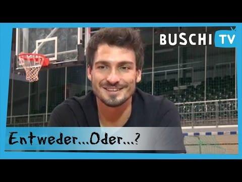 Entweder...oder...? mit Mats Hummels | Buschi.TV