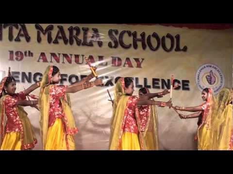 Dandiya dance performed by students of SANTA MARIA Trichy India...