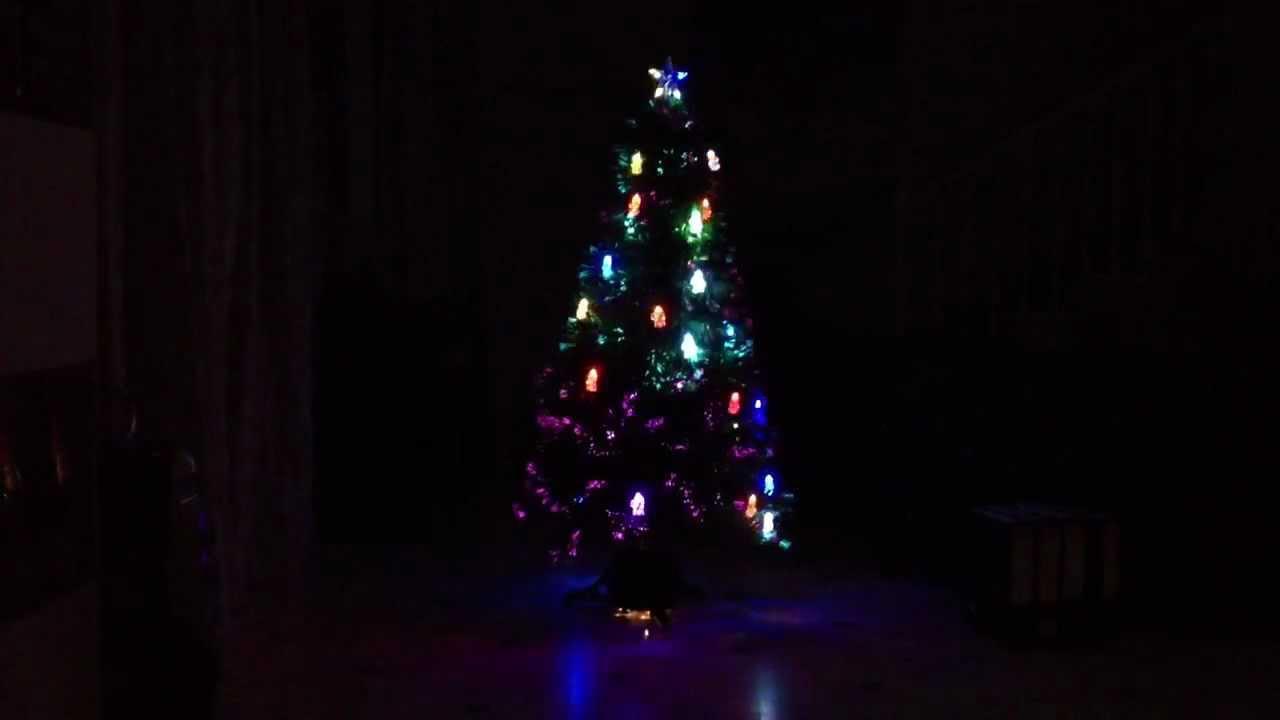 led tannenbaum weihnachtsbaum komplett beleuchtet mit. Black Bedroom Furniture Sets. Home Design Ideas