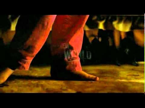 Non Avere Paura del Buio – Don't Be Afraid of the Dark – Official Trailer (2011)