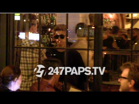 (New) (Exclusive) Justin Bieber spotted eating at Gemma Restaurant at The Bowery Hotel 09-09-14