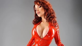 Bianca Beauchamp - Red Latex Queen