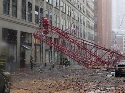 NY Mayor: Crane Collapse Caused Gas Leaks