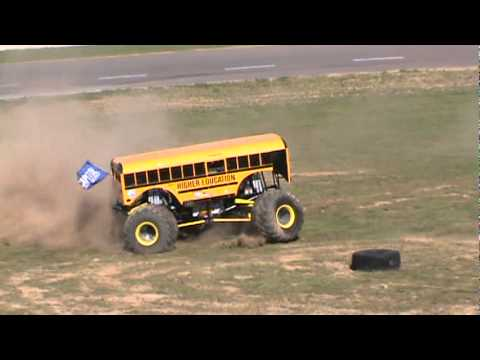 Higher Education COOL BUS Freestyle Monster Truck races
