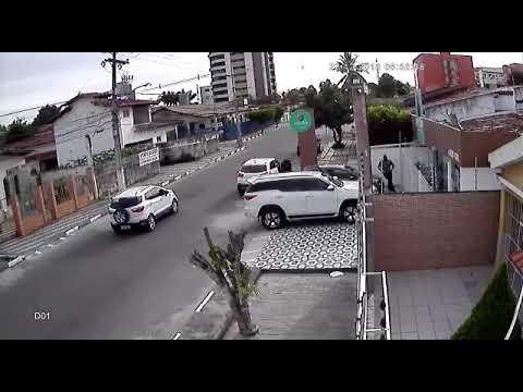 Video flagra assaltan em Feira de Santana