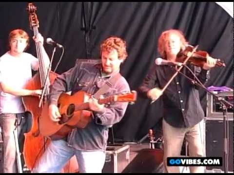 Railroad Earth Performs 'Rueben's Train' at Gathering of the Vibes 2007