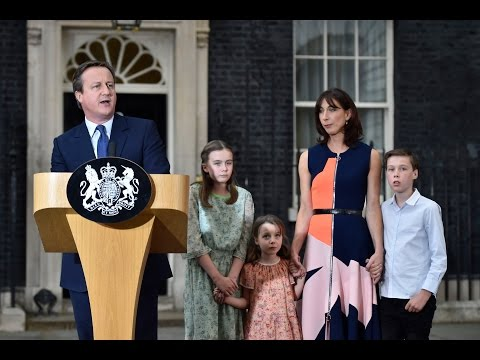Cameron and family leaving Downing Street for the last time - video