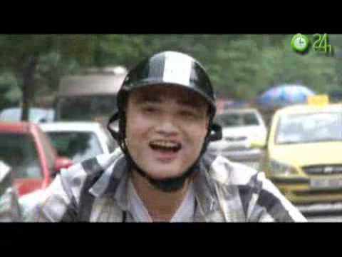 Video clip Mượn xe sĩ gái