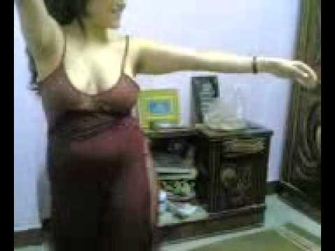 رقص في غرفة النوم