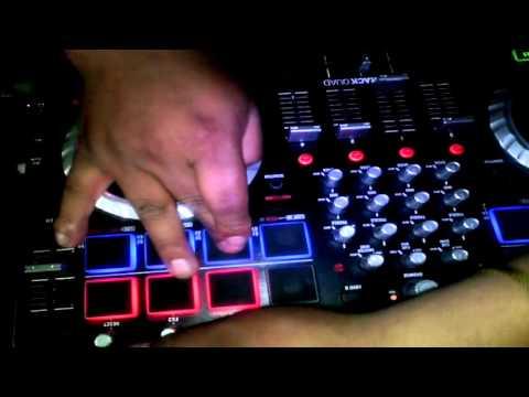 NUMARK MIXTRACK QUAD - DJ HOMERO CUAICAL CUMBIA AMAR AZUL