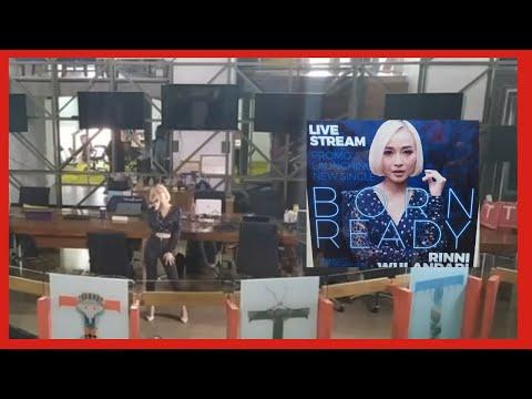 Download  Rinni Wulandari Idol nyanyi di Kantor Majalah Tempo dan Koran Tempo Gratis, download lagu terbaru
