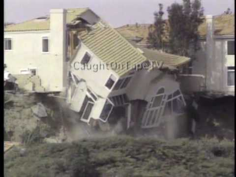 HOUSE COLLAPSES, CAUGHT ON TAPE!